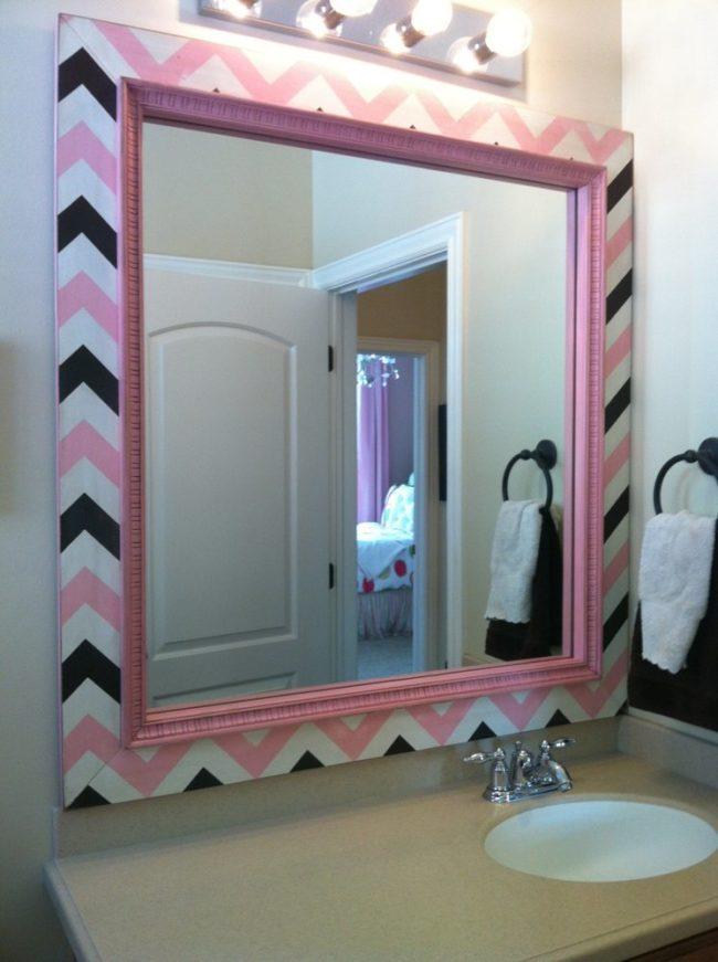 Декор старого зеркала в ванной