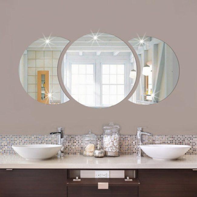 Оригинальное зеркало для ванной фото