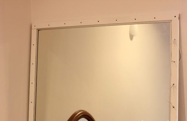 grimernoe-zerkalo-svoimi-rukami-3