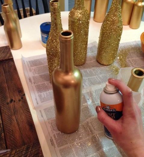 красить бутылки золотой аэрозольной краской фото