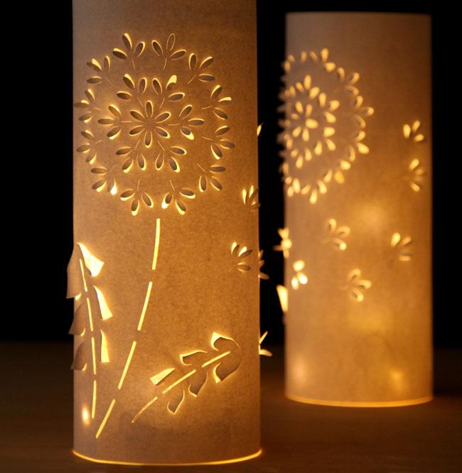 lyustra-svetilnik-iz-plastikovyx-butylok-5