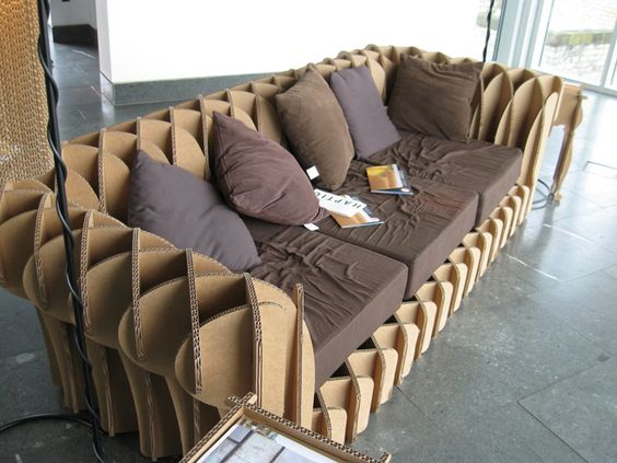 диван из каробок