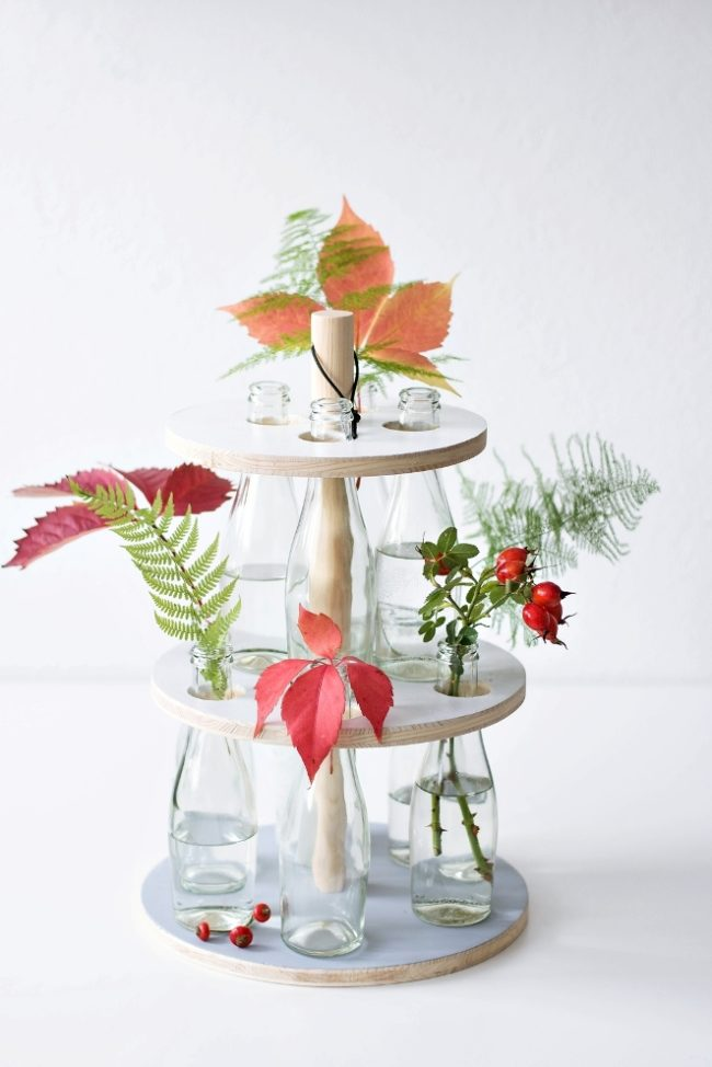 высокая ваза из бутылки своими руками фото