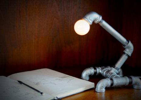 svetilniki-loft-sdelat-svoimi-rukami-38
