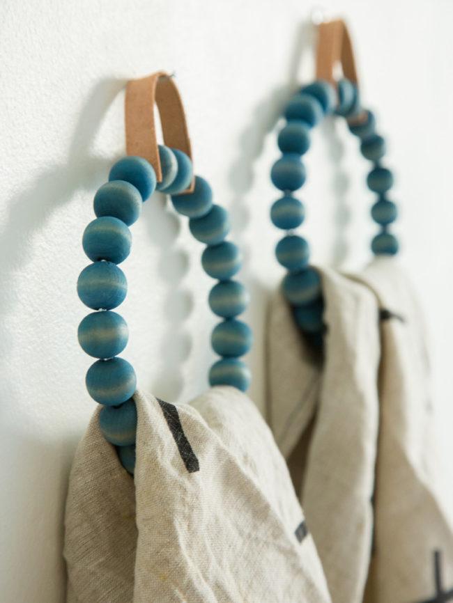 Вешалки держатели для полотенец в ванную своими руками