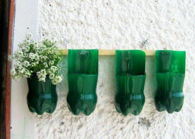 vaza-iz-plastikovoj-butylki