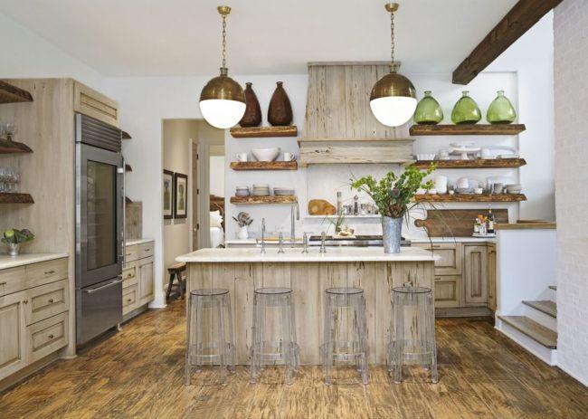 Текстурное дерево на кухне